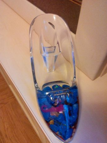 Підставки для телефона у вигляді туфельки