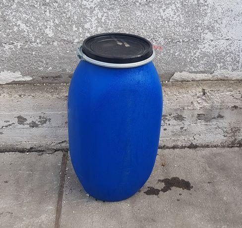 Бочки пластиковые 125-220 л бу чистые