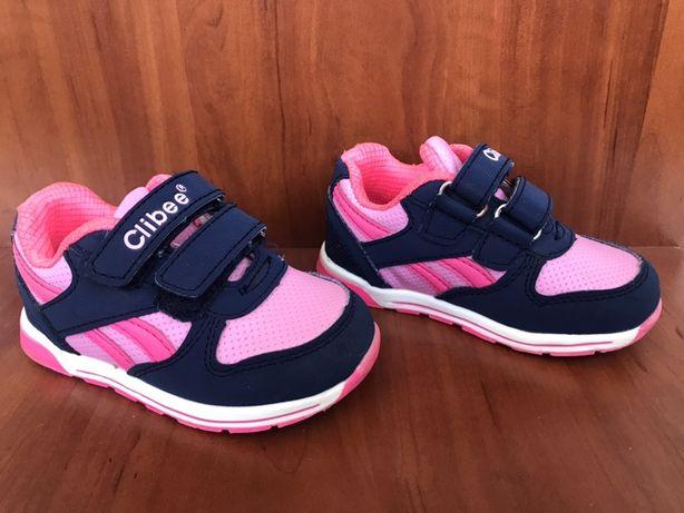 Детские кроссовки фирмы Clibee