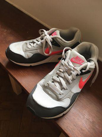 Ténis Nike Air Max número 40
