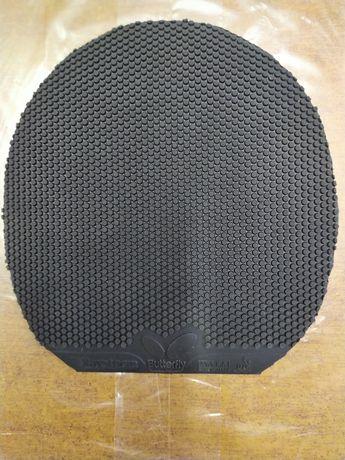 Накладка Butterfly Raystorm, атакующие короткие шипы, 2,1 мм, чёрная.