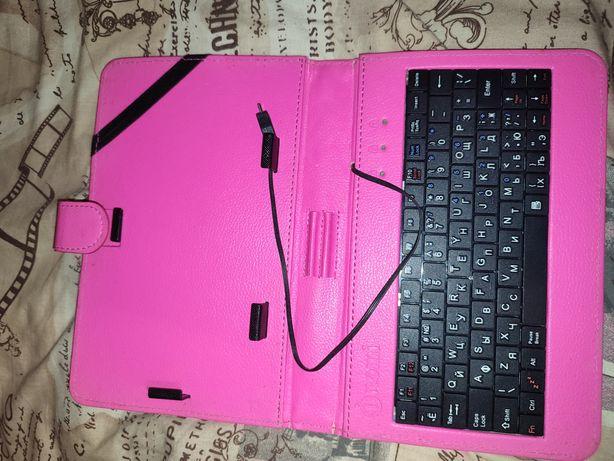 Чехол для планшета з клавіатую  100 грн