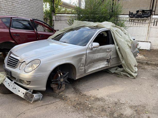 Mercedes E350 4matic 2006 w211