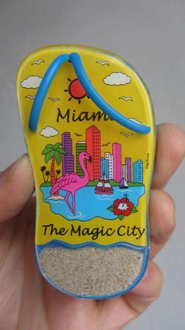 Продам магнит на холодильник Майами Miami магнитик