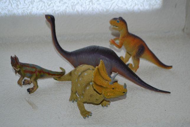 динозавры фигурки Grossman triceratops и др оригинальные