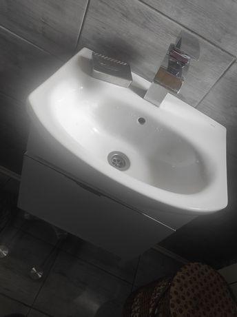 Umywalka + szafka gratis !