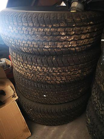Vendo 4 pneus Bridgestone Dueller H/T 255 70 R18