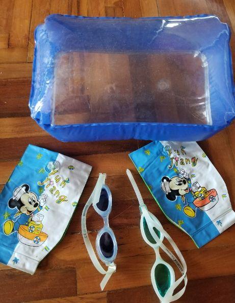 Море / детский набор для купания / подушка, наплечники, две пары очков