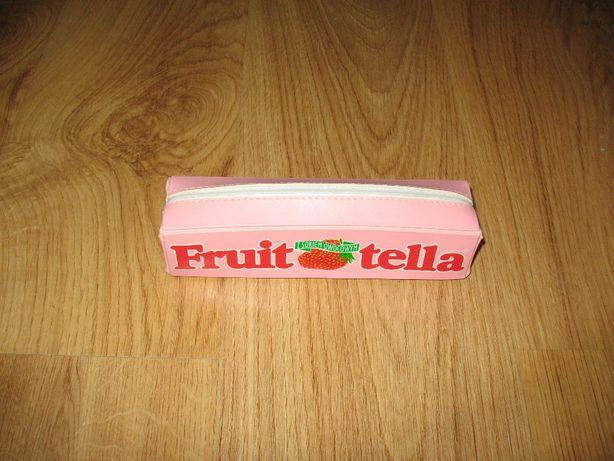Piórnik do szkoły na zamek Fruit tella