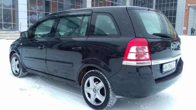 Opel Zafira 2010г.7мест.Автомат.ГБО.140лс.Отличное состояние 9л/100км.