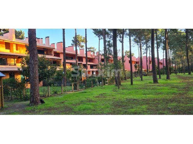 Apartamento T2 + Jardim em Herdade Da Aroeira