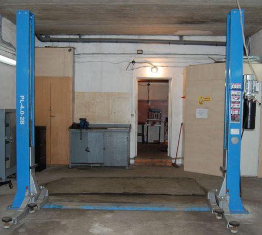 Гидравлический автомобильный подъемник PEAK на 4 тонны