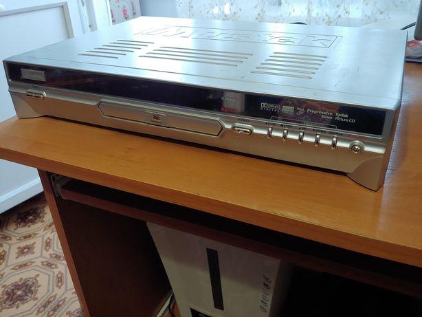 DVD рекордер Mustek пишущий  отлично подойдет для оцифровки старых VHS