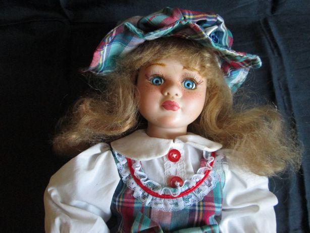 Фарфоровая кукла (авторская)