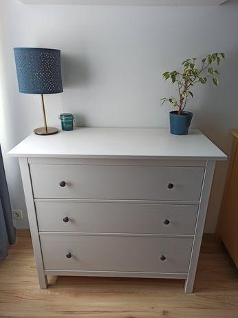 Biała komoda Hemnes Ikea