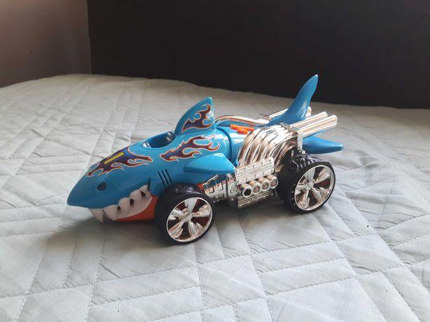 Samochódzik rekin
