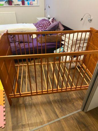 Łóżeczko dziecięce drewniane duże