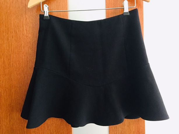Nowa rozkloszowana spódnica Next 36