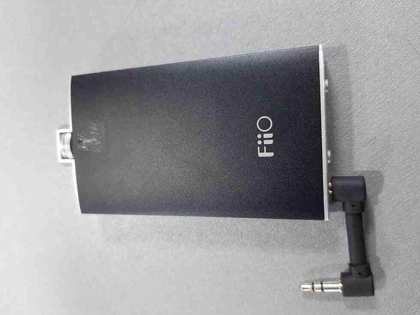 Портативный усилитель FiiO Q1