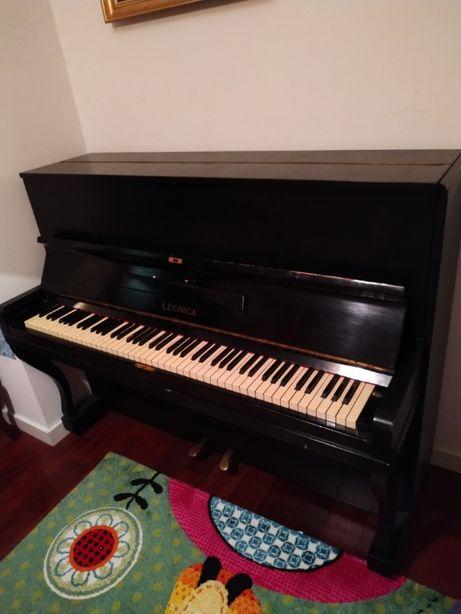 Pianino Legnica do nauki gry