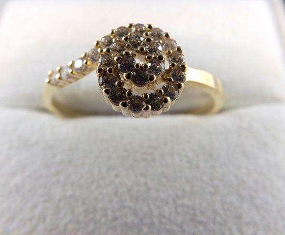 Oryginalny złoty pierścionek 2,32 G 585 21,5r