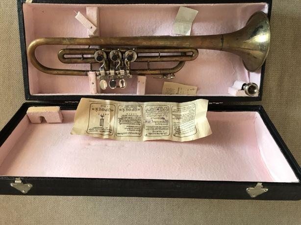 Музыкальный инструмент труба - орфей