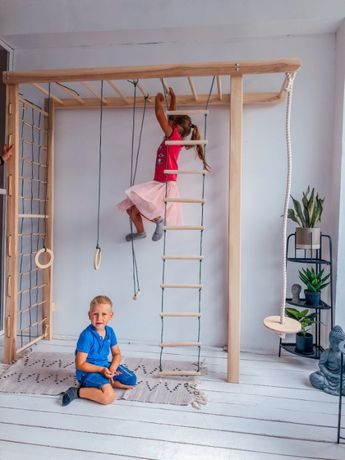 Детская шведская стенка. Дитяча шведська стінка
