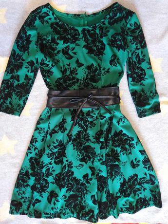 Сукня. Платье. Одежда для девушки.