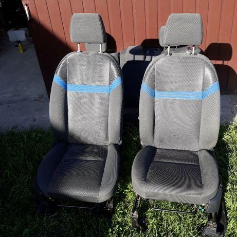 Fotele przednie ford kuga mk1