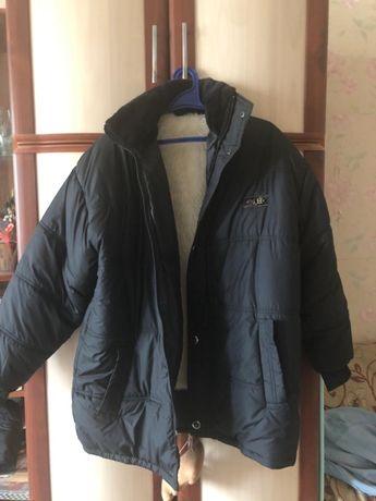 Теплая мужская куртка на синтепоне