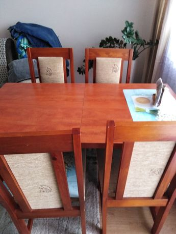 Sprzedam stół i 6 kszesel