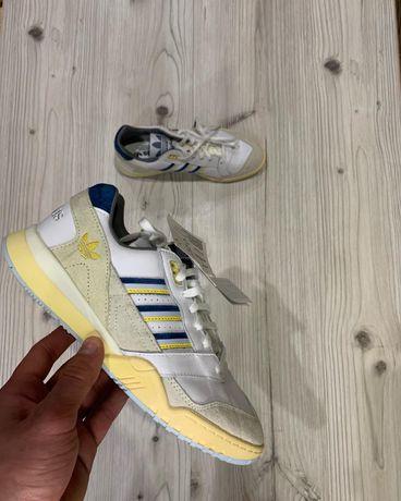 Оригинальные Кроссовки кросівки adidas a.r trainer original кожа