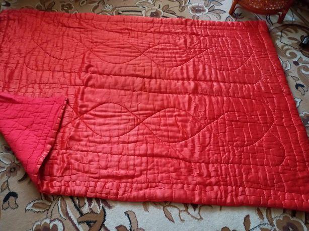 Одеяло красное