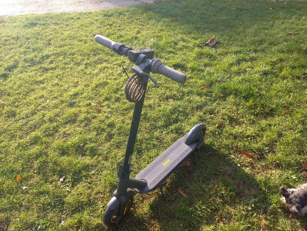 Hulajnoga Elektryczna Ninebot MAX (G30)