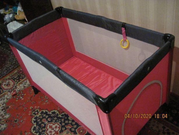 Продам новый манеж-кровать