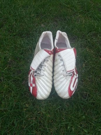 Buty piłkarskie Umbro SX.
