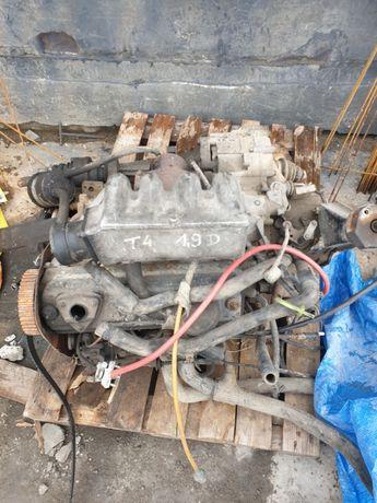 VW transporter sprawna skrzynia biegów 1.9d + uszkodzony silnik gratis