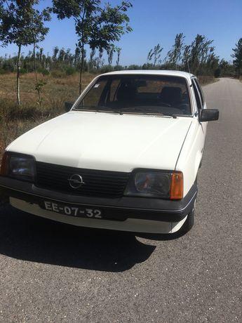 Opel 1604 S 5 Door sedan De luxe