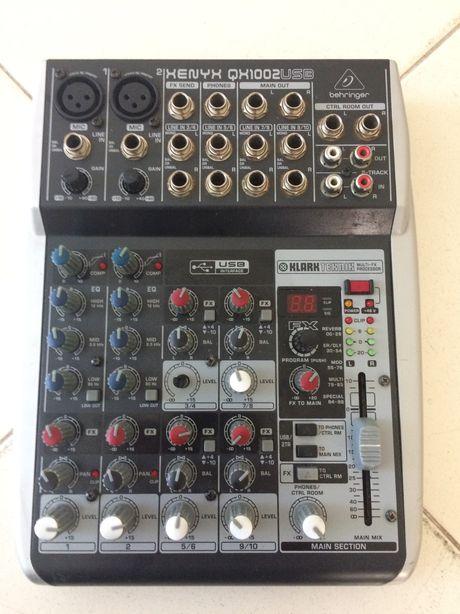 Mixer Behringer Xenyx QX1002 10 Channel