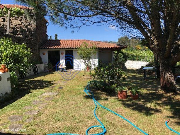 MORADIA T2+1 com Jardim | Paredes de Coura