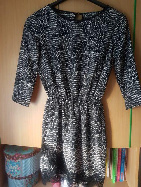 Sukienka Bershka S