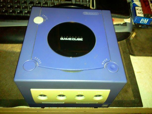 Продам или обменяю Nintendo GameCube DOL-001 (EUR)