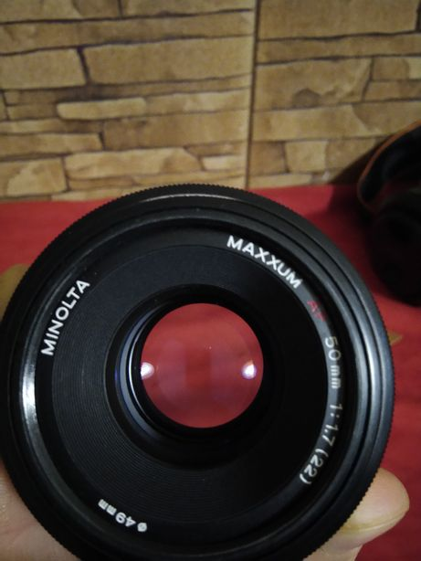 Sony/Minolta af 50, f1.7///Sony/Minolta af 35-105