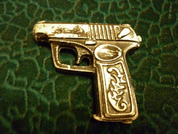 пистолет коллекционный сувенирный
