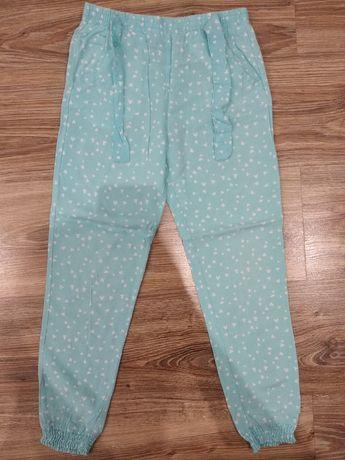 Spodnie spodenki Pepco 128 cm