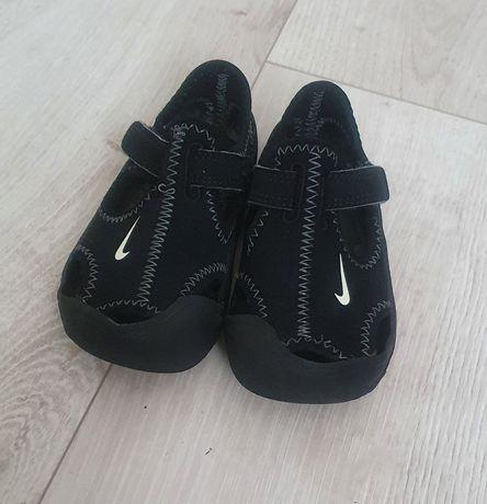 Sandałki nike Sunray protect r. 25
