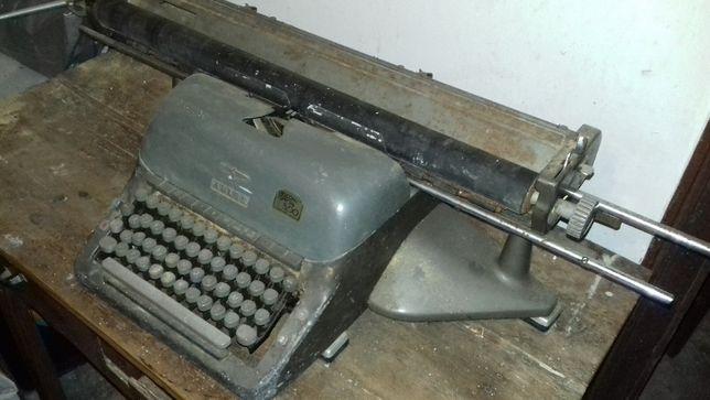 Máquina de escrever ADLER - Vintage