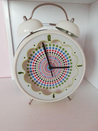 Zegar, budzik na baterie 31 cm.