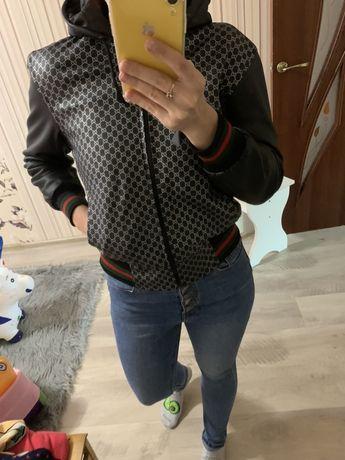Куртка guc*ci джинсы с высокой посадкой