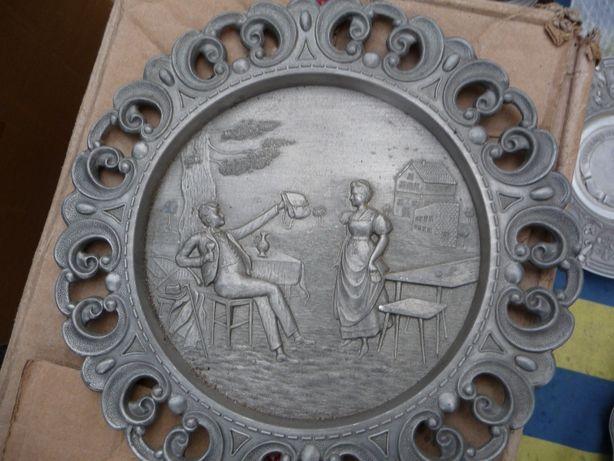 Тарелка с барельефом и резным ободком, олово, Германия